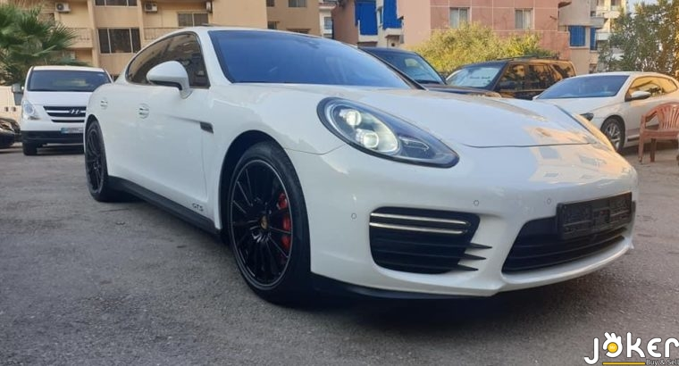 Porsche GTS model 2015
