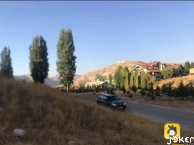 Land for sale in Kfardebian